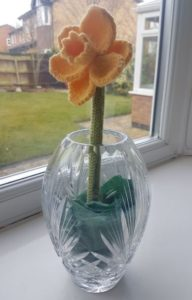 Handmade Daffodil Fitting in Knitting Children Quick Craft Ideas
