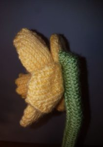 Handmade Daffodil Stem Fitting in Knitting Children Quick Craft Ideas