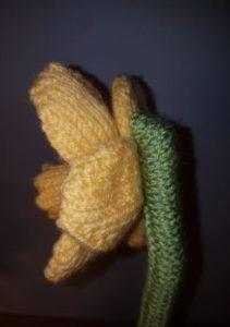 Handmade Daffodil Stem Fitting in Knitting Children Quick Craft Ideas