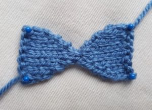Handmade Knitted Bow Piece Fitting in Knitting Children Quick Craft Ideas