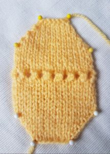 Handmade Knitted Daffodil Centre Trumpet Pattern Fitting in Knitting Children Quick Craft Ideas
