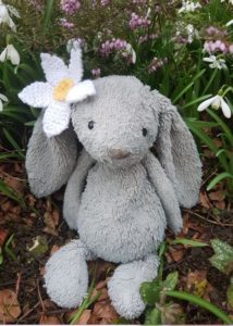 Handmade Knitted Daisy on Bunny Fitting in Knitting Children Quick Craft Ideas