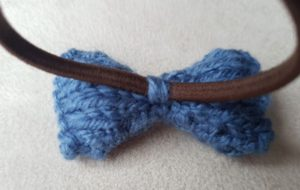 Handmade Knitted Bow Hairband Fixing Fitting in Knitting Children Quick Craft Ideas