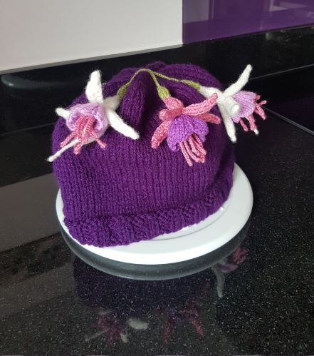 Handmade Knitted Fuchsia Knitted Tea Cosy Fitting in Knitting Children Quick Craft Ideas