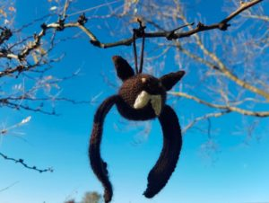 Handmade Knitted Bat Flying Fitting in Knitting Children Craft Ideas