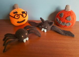 Handmade Knitted Bat Knitted Spider Knited Pumpkin Halloween Collection Fitting in Knitting Children Craft Ideas