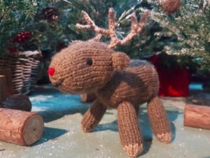 Handmade Knitted Reindeer Daddy Forest Fitting in Knitting Children Quick Craft Ideas