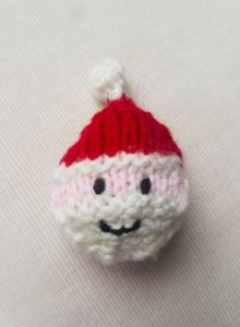 Handmade Knitted Santa Head Fitting in Knitting Children Quick Craft Ideas