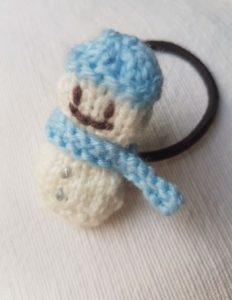 Handmade Knitted Snowman Hairband Fitting in Knitting Children Quick Craft Ideas