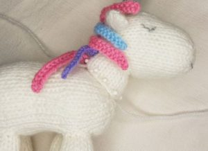 Handmade Knitted Unicorn Neck Body Positioning Fitting in Knitting Children Craft Ideas